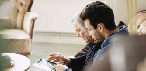 Dementia and coronavirus – how to support those affected manage their finances