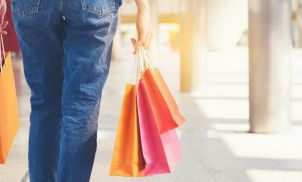 Retail sales rebound as sunshine brings out the shoppers