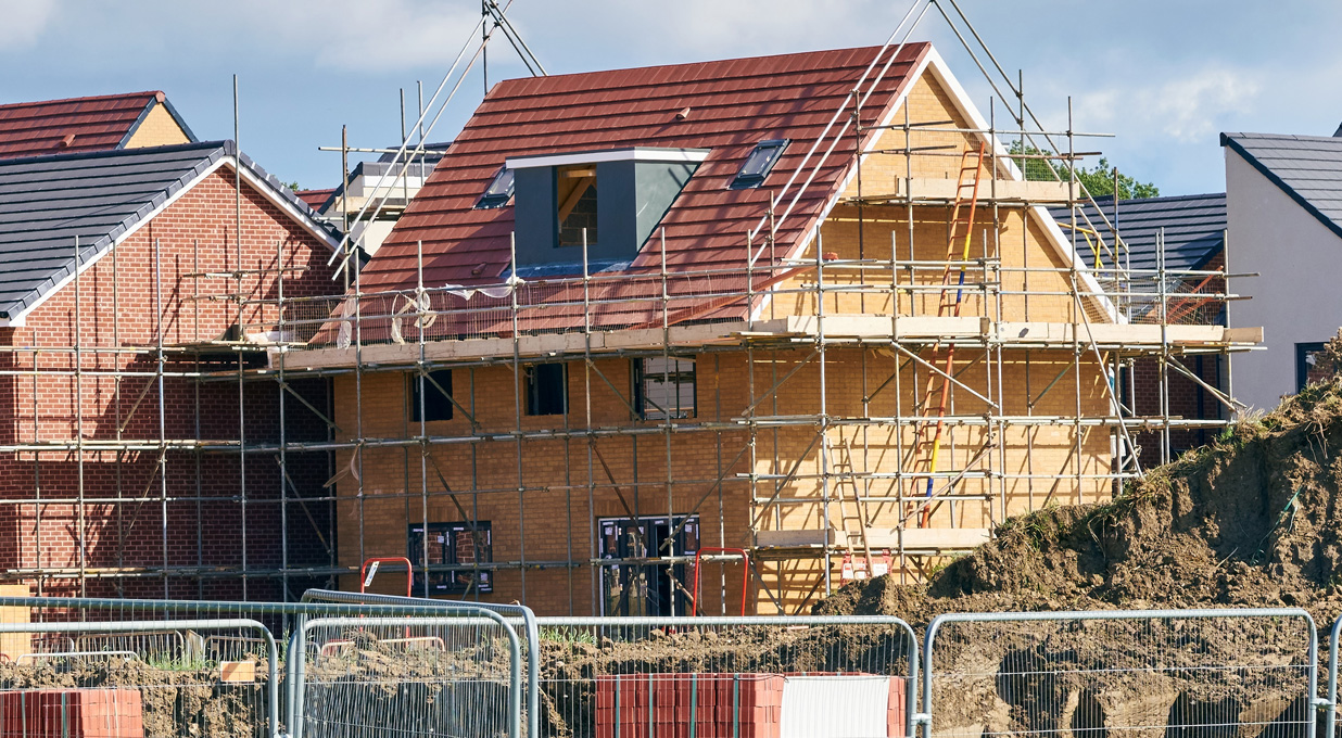 Bovis - reconsidering merger with Linden Homes