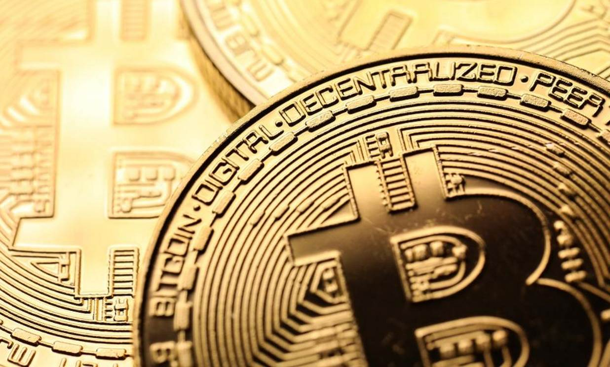 Bitcoin could reach $10,000 by Christmas