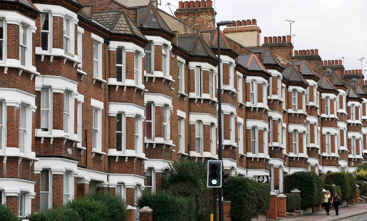 Value of UK's housing stock soars past £6trn