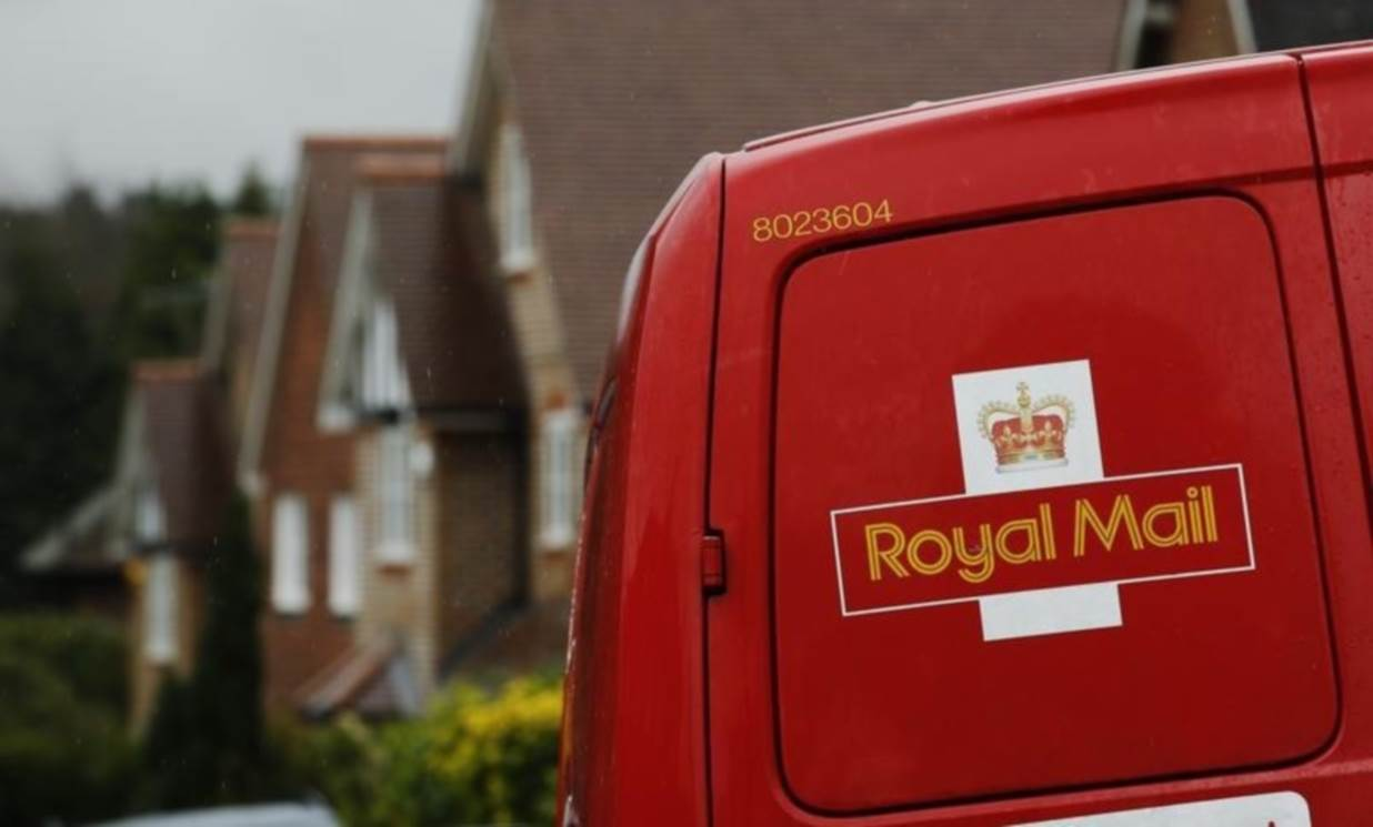 Royal Mail prepared to challenge planned strike in court