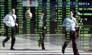 Turbulent week for stock markets as investors scurry for safe havens