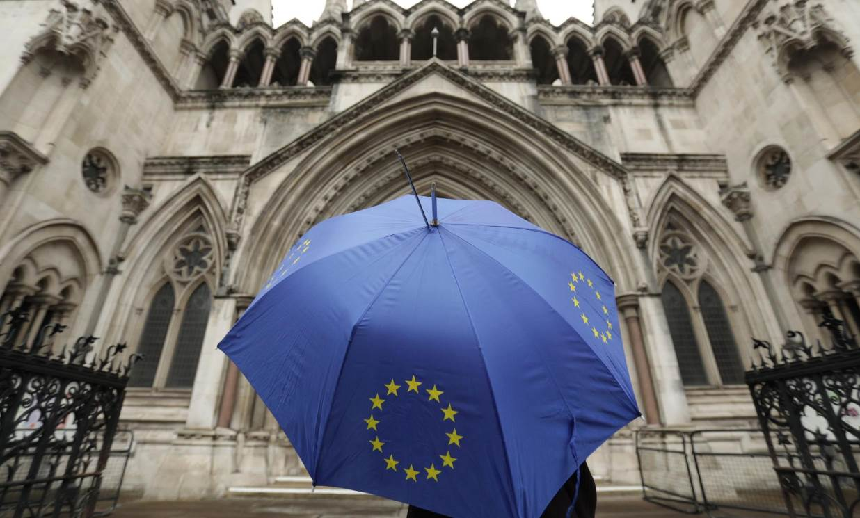 EU to sketch out Brexit transition in bid for united stance