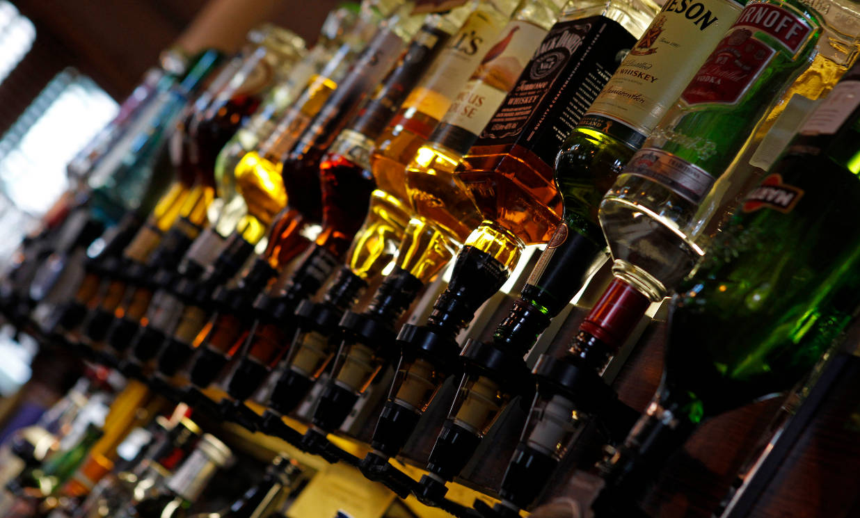 Slug & Lettuce owner Stonegate to buy pub group Ei in £3bn deal