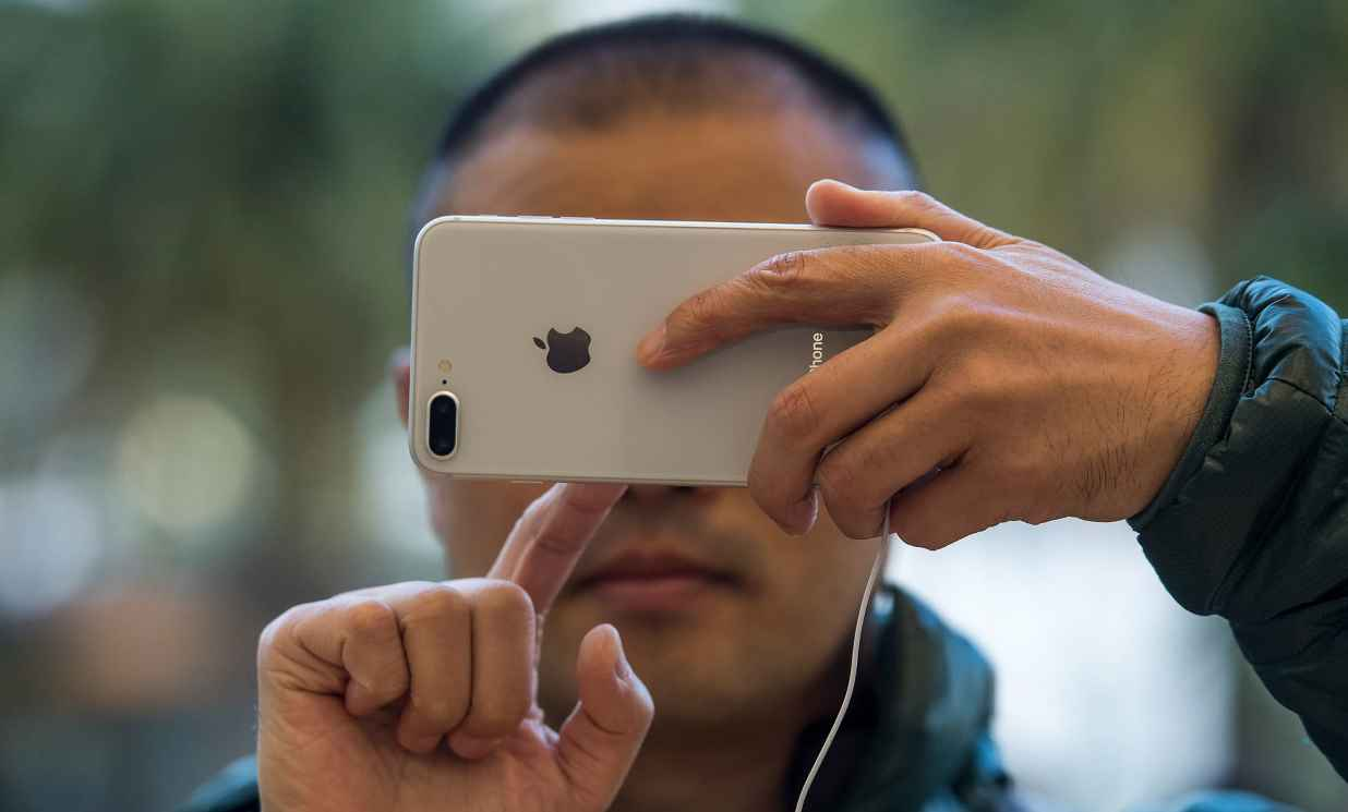 Apple's iPhone shipments plunge in China as Huawei tightens grip
