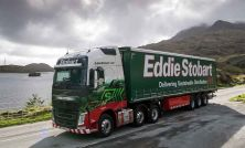 Eddie Stobart CEO steps down, suspends trading