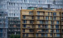 London house prices continue descent as buying season ends